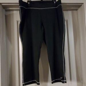 Women's Nike Capri Leggings